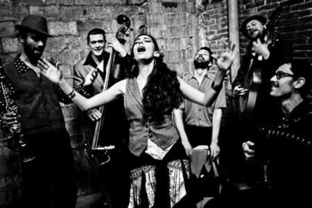 """Barcelona Gipsy Balkan Orchestra"""